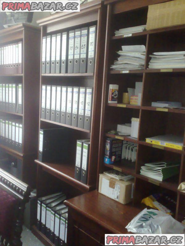 starožitná kancelář