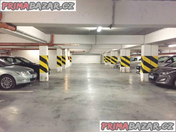 Pronajmu bezpečné, kryté garážové stání v Brně, U Leskavy.