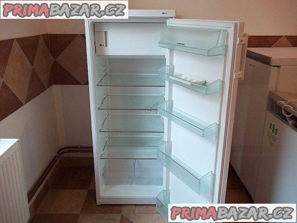 Lednice s mrazáčkem LIEBHERR K 2724