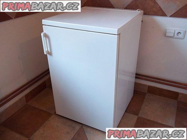 Lednice s mrazáčkem PRIVILEG ***