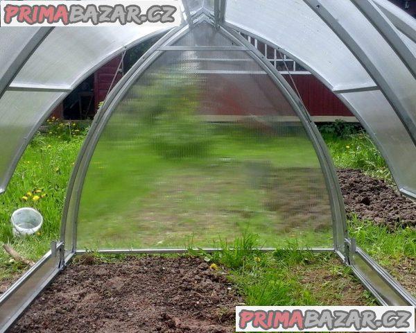 Pařeniště – malý skleník DELTA polykarbonát 4mm