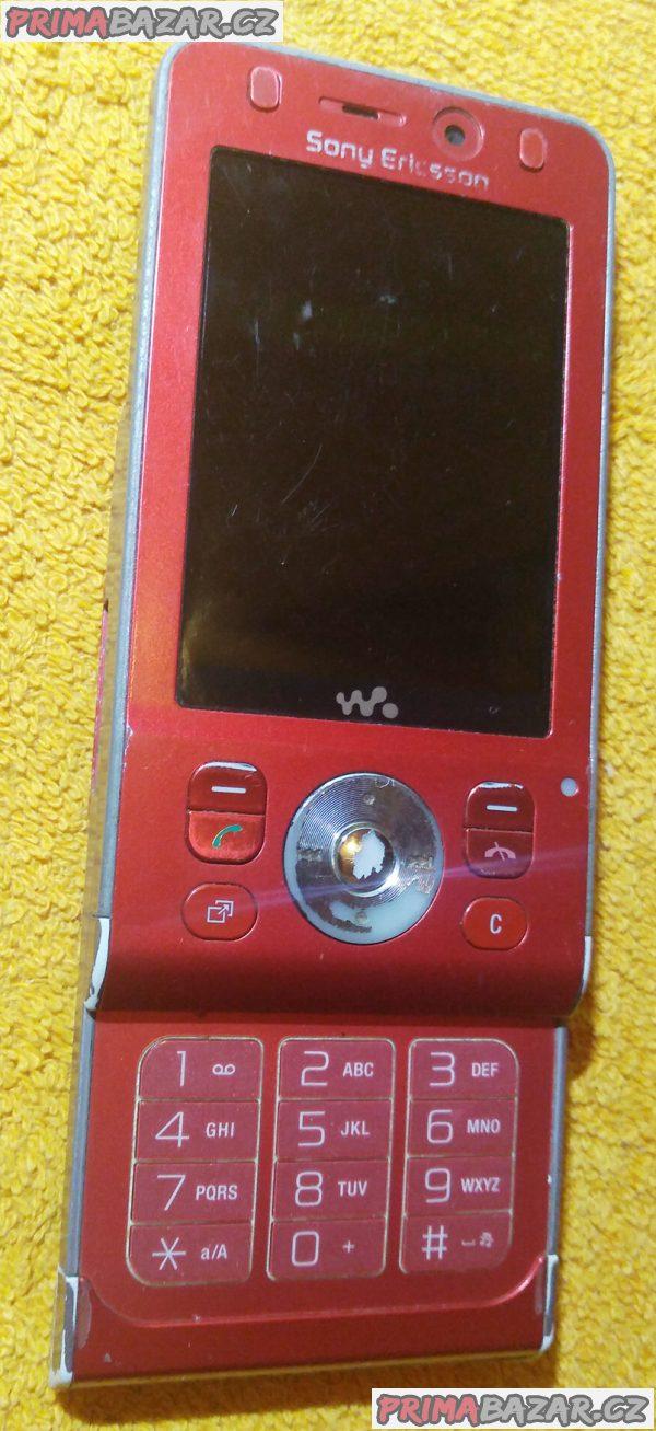 Vysouvací Sony Ericsson W910i - k opravě nebo na náhradní díly!!!