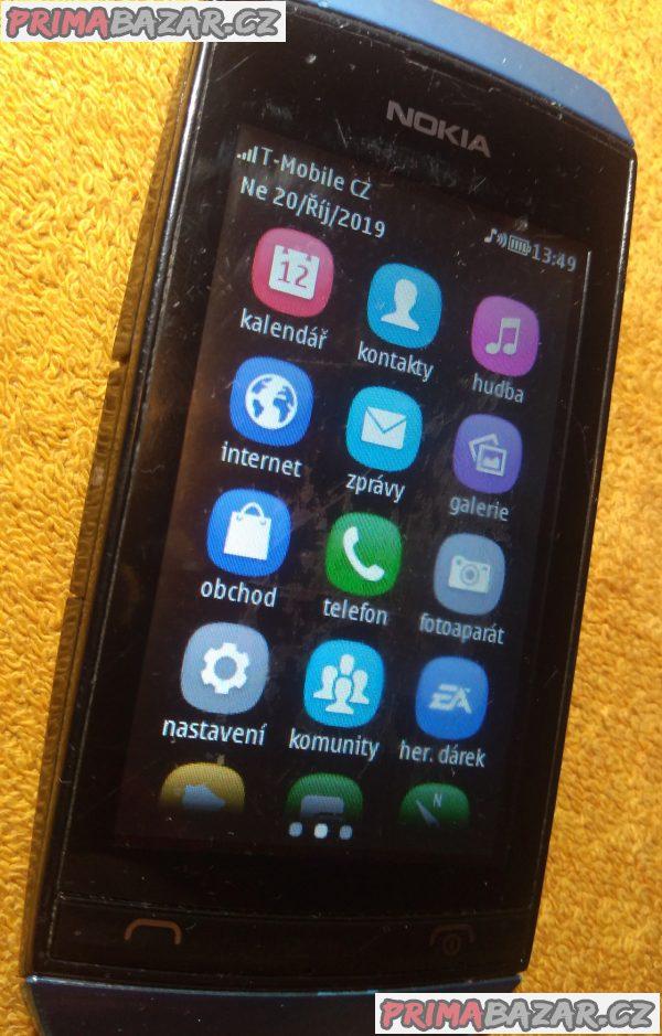 Dotykáč Nokia Asha 306 + nabíječka!!!