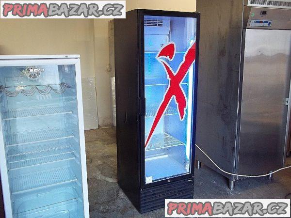 Prosklená lednice chladnice vitrína CARAVELL černá