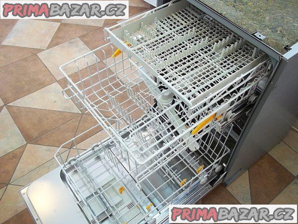 Myčka nádobí vestavná MIELE G1202 SCI nerez tři koše