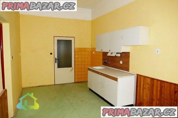Prodej bytového domu, 1135m2, Broumov - Poříčí