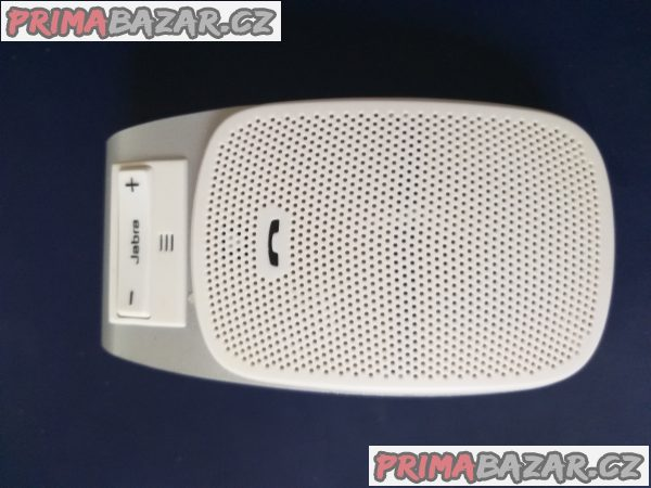 hands-free-do-auta-jabra-drive-white