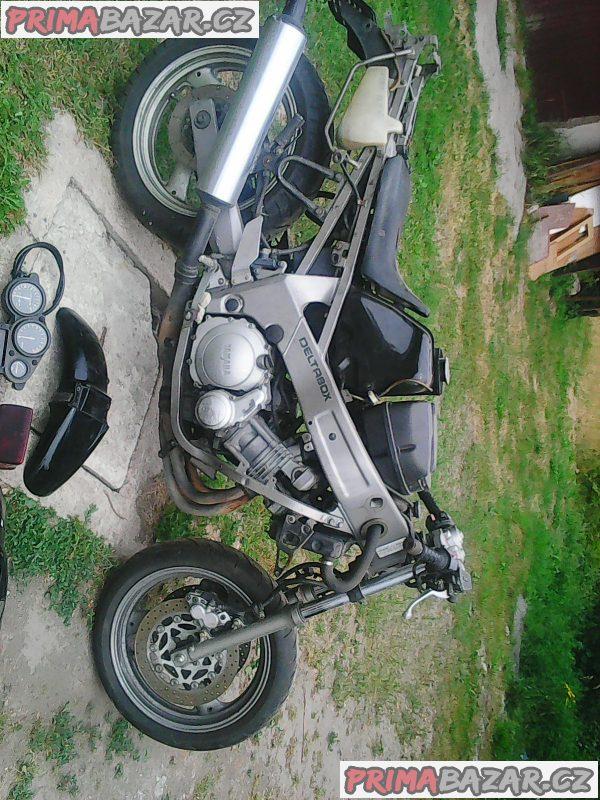 Prodam Yamaha FZR600 na dily