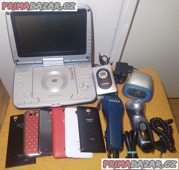 Zadní kryty na mobily +2 strojky +DVD přehr. +hodiny +čidlo Hyundai!
