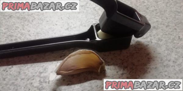 Pasírovač na česnek