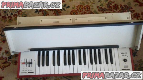 Prodám retro klávesy Delicia mini 1980