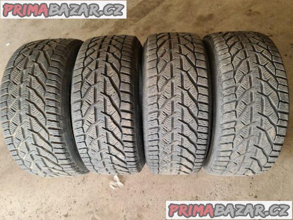 4x pneu kormoran 98% vzorek rok vyroby 2020 225/40